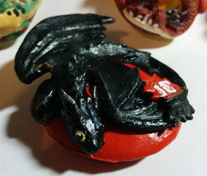 HTTYD: Toothless Medallion by Ryumia