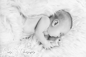 newborn by iCyBeRmAnTiS