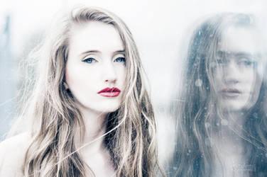 Anna Supera by iCyBeRmAnTiS