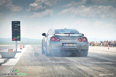 Nissan GTR on fire by MWPHOTO