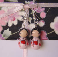 Kokeshi Doll Earrings Pink+Red by janeybaby