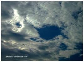 la tete dans les nuages. III by Sk8linky