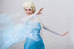 Elsa from Frozen Cosplay by BeautifulSyn by stillreflection