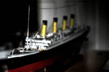 Titanic by mcsnot