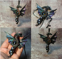 Vine dragon pendant by kessan