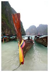 Long Boat by KrisG
