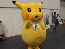 Giant Pikachu Cosplay by Collioni69