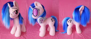Brush-A-Plush Vinyl Scratch plushie by Zooher-Punkcloud