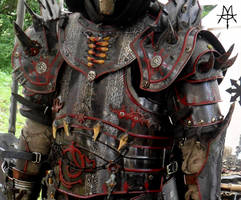Engravings on Chaos Armour by MordorLegion