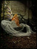 Hiding my sorrow... by Li-Si