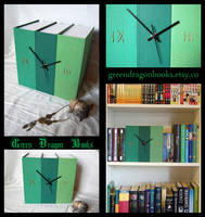 Green clock with roman numbers by BlueShadowM