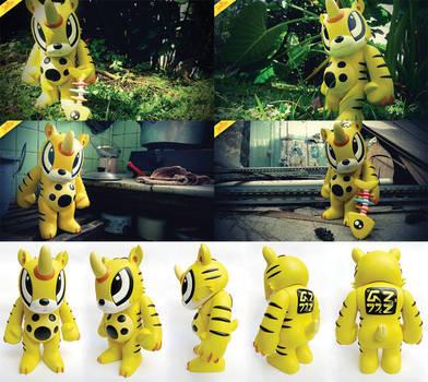 Bono the Robber Cat by theyellowdino