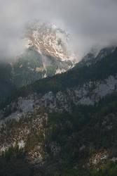 wink of the peak... by edinaB