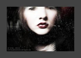 ::2010:: faint by Phantom-of-light