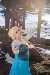 Anna and Elsa - Frozen 2 by MelodyxNya