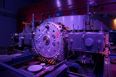 synchrocyclotron! by avarenity