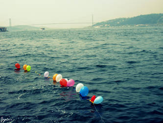 Floating Balloons by Gcylcs