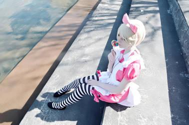 Alois in Wonderland by Mei-Mei-x3