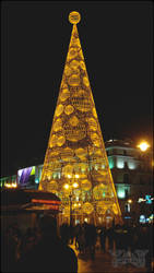 Christmas Tree in Puerta del Sol II by MissArtistsoul