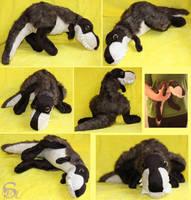 Dark tyrannosaurus-plushie  SOLD by IsisMasshiro