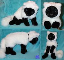 Fluffy cat-plushie by IsisMasshiro