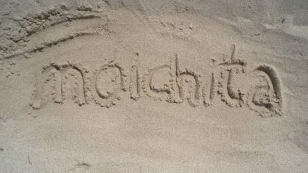 moichita goes to the beach by moichita
