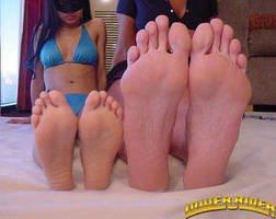 Mikayla and Nina sole compare by lowerrider