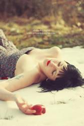 blanche et le soleil d'hiver by AlexandraSophie