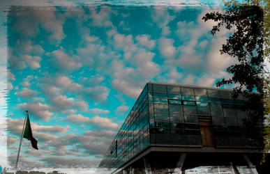 Blue sky reflection by himeno1616