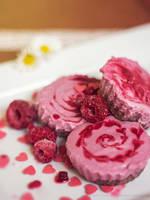 raspberry chesecake bites by cloe-may