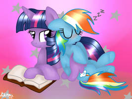 MLP: Sleeping on the side of the Princess by KikiRDCZ