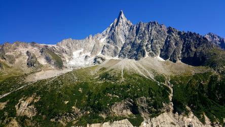 Mountains by Lilanuts