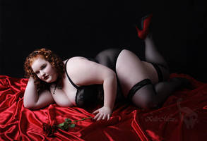 beautiful in red.... BBW by KuLLerMieTze
