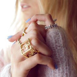 Jess x square and laurel rings by Shape-hunter