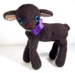 amigurumi black lamb by selkie