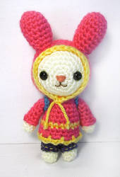 amigurumi - Bugaboo the Bunny by selkie