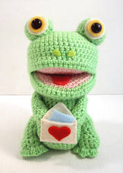 Funny Fred - amigurumi frog by selkie