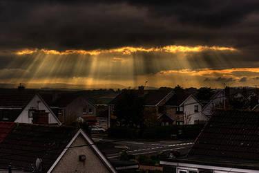 Sun through clouds by parsmancraig