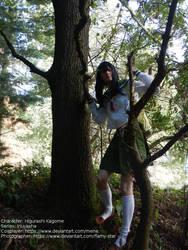 [Cosplay - Inuyasha] Kagome climbing a tree by mene