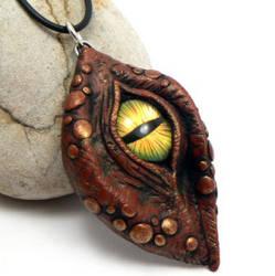 Red Dragon Eye by DesertRubble