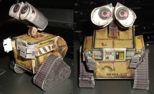 Papercraft Wall-E by ykansaki
