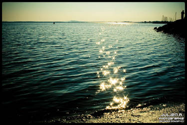Sea and Sun. by Zazaka