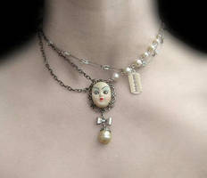 Lolita Doll Necklace by morbid---curiosity