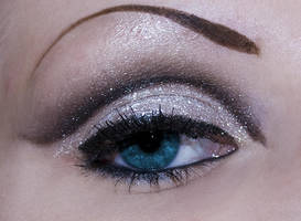 Elyriah Makeup 4 by linore