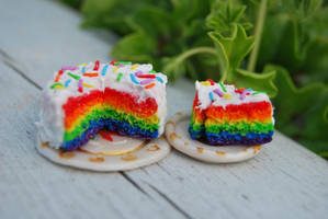 Rainbow cake charms by SolenGV