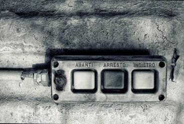 Avanti Arresto ... by denjazzer