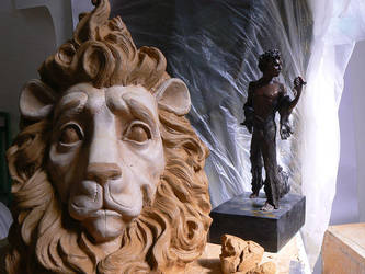17march2014Lion Head with maquette by danndeemann