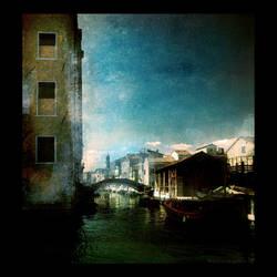 Moonlight vanishes by sunrise. by Vittorio-Pellazza