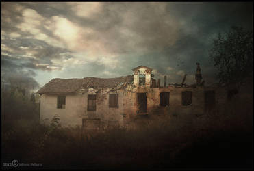 Old house sunset by Vittorio-Pellazza
