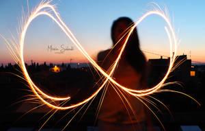 Infinity. by MireiaSalvado